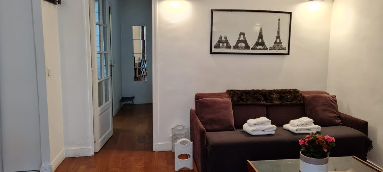 'GRENELLE 1 bedroom near Eiffel Tower