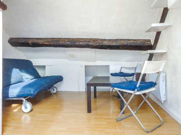 'Studette Pavee – Cute small studio
