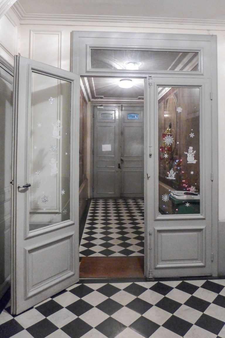 'VANEAU 1 bedroom in between Saint Germain Invalides