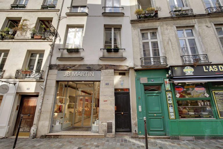 'Marais rue des Rosiers ID 24